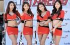 Người đẹp Hàn Quốc bên đường đua CJ SuperRace 2013.
