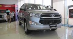 Toyota Innova 2.0E số sàn 2018