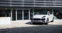 Chi tiết Porsche Cayenne 2021