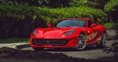 Chi tiết Ferrari 812 Superfast 2021