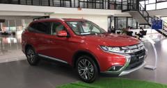 Mitsubishi Outlander 2.4 CVT 7 chỗ nhập khẩu Nhật Bản
