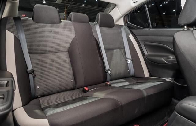 Nissan-Almera-2021-ghe-boc-ni