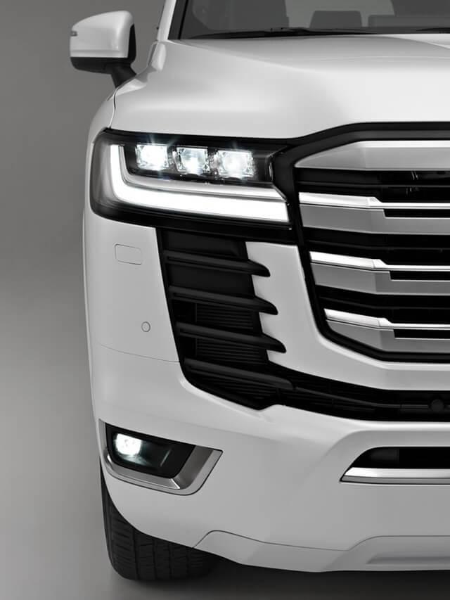 den-truoc-xe-Toyota-Land-Cruiser-2022