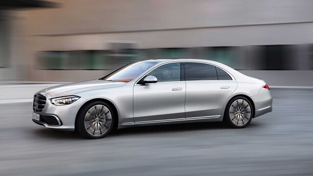 Mercedes-Benz-S580-2021-than-xe