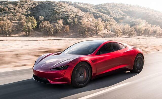 Tesla-Roadster-gia-bao-nhieu