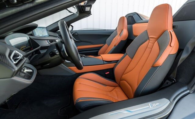 cabin-xe-bmw-i8-roadster