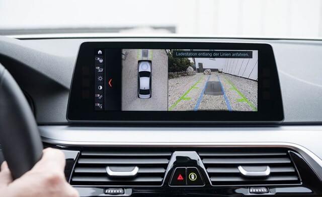 camera-lui-xe-BMW-530e-plug-in-hybrid