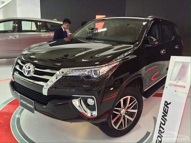can-canhh-ngoai-that-fortuner-2017