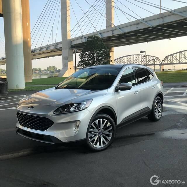 danh-gia-xe-ford-escape