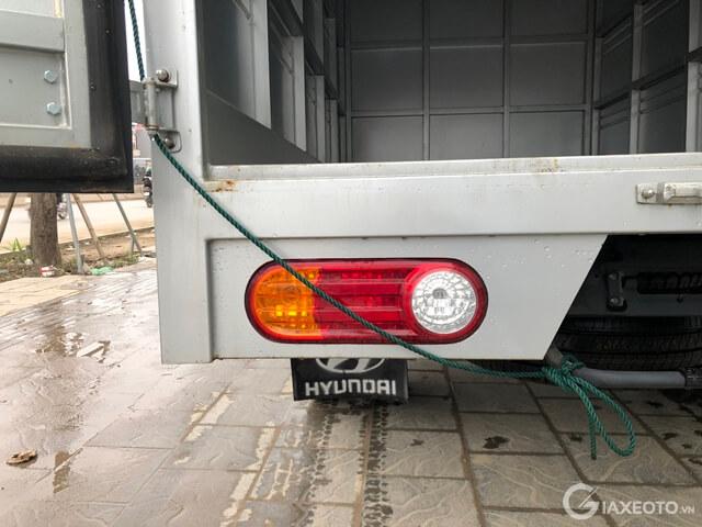 den-sau-xe-hyundai-porter-h150-1_5-tan