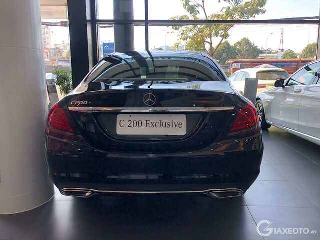 duoi-xe-Mercedes-benz-C200