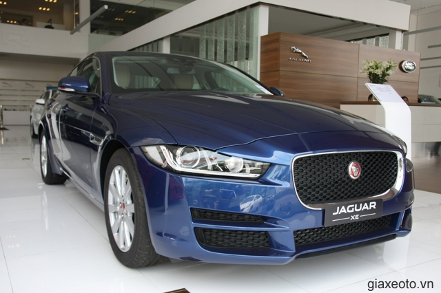 gia-xe-jaguar-xe