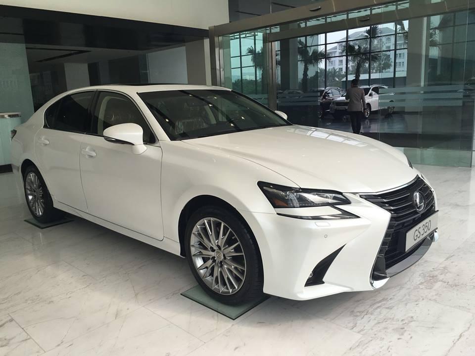 gia-xe-lexus-nx300
