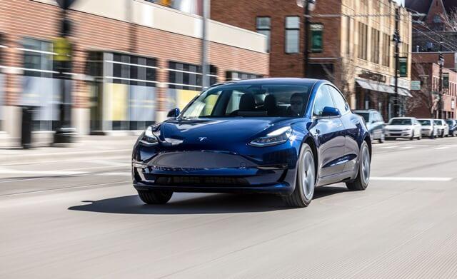 ngoai-that-xe-Tesla-Model-3