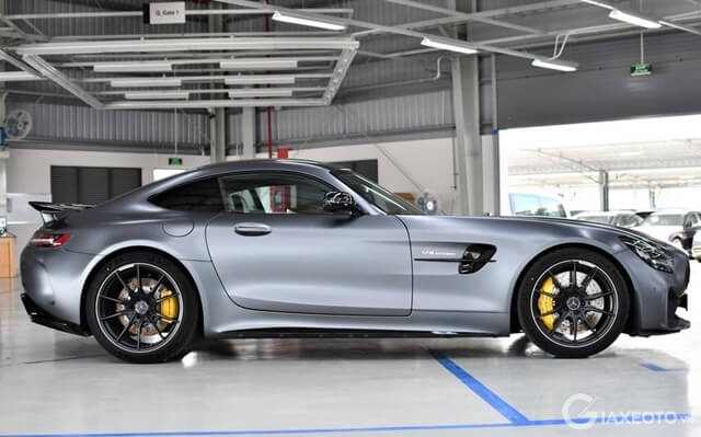 ngoai-that-xe-mercedes-amg-gt-r-coupe