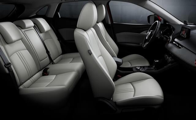 noi-that-xe-Mazda-CX3