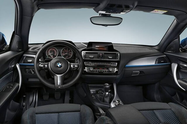noi-that-xe-bmw-118i