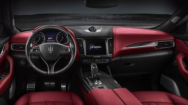 noi-that-xe-maserati-levante