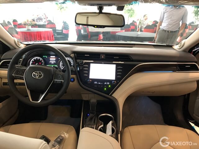noi that toyota camry 2019 the he moi