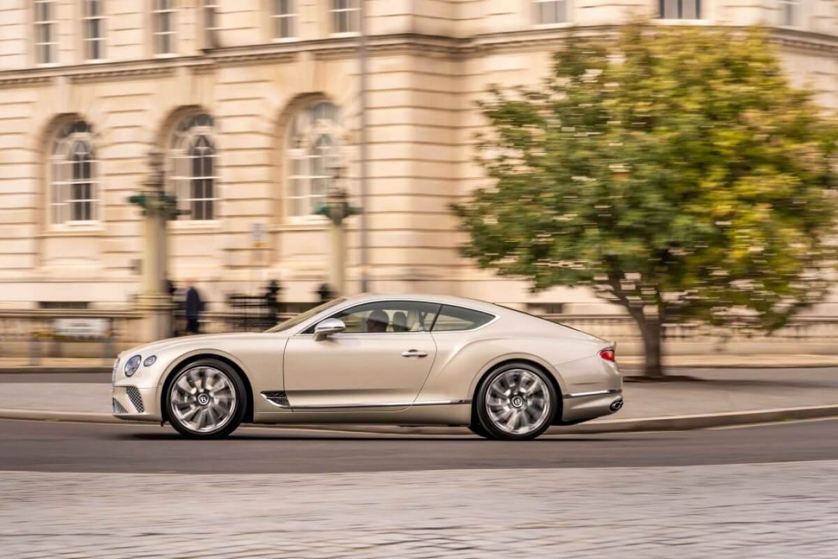 sieu-xe-Bentley-continental-GT-Mulliner-Coupe-2021-3