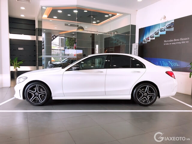 than-xe-mercedes-c300-amg-giaxeotovn