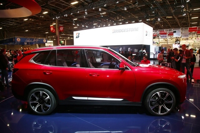 than-xe-vinfast-lux-sa2_0-suv