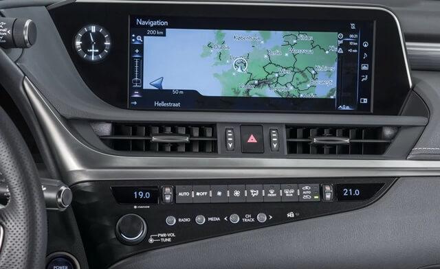 tien-nghi-xe-lexus-es-300-es300h