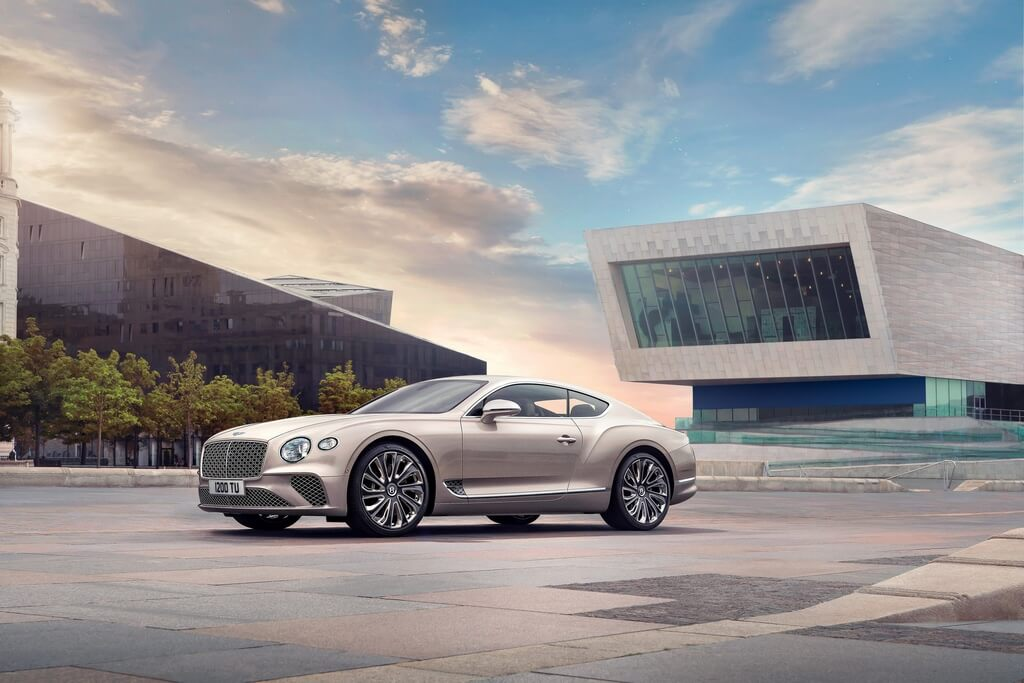 tong-the-ngoai-that-Bentley-continental-GT-Mulliner-Coupe-2021