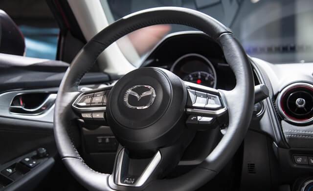 vo-lang-xe-Mazda-CX3