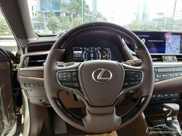 vo-lang-xe-lexus-es250