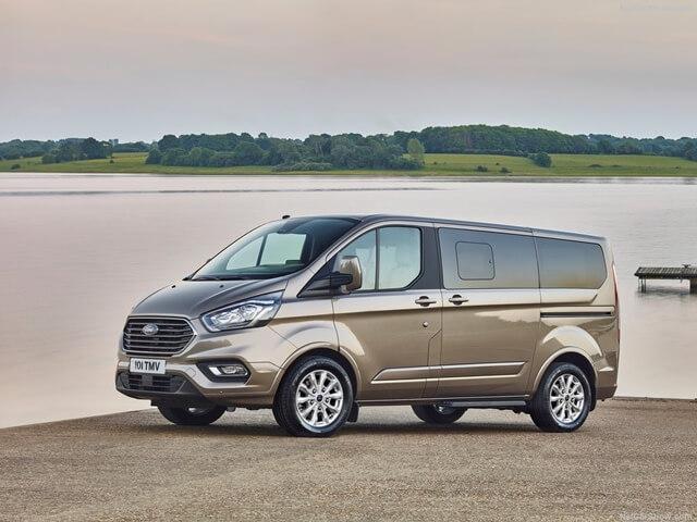 Ford Tourneo sap ra mat tai vietnam