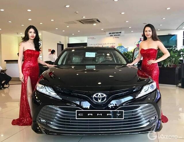 camry 2019 ra mat tai vietnam