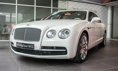 gia xe bentley flying spur
