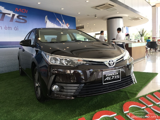 Toyota-Altis-1_8G-CVT-2018-2019-so-tu-dong