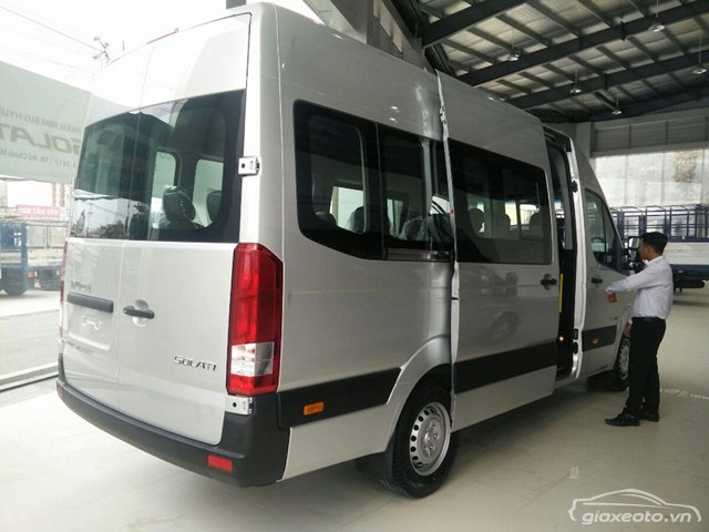 chi-tiet-minibus-hyundai-solati-16-cho