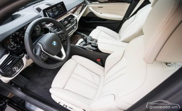 chi-tiet-noi-that-BMW-530i