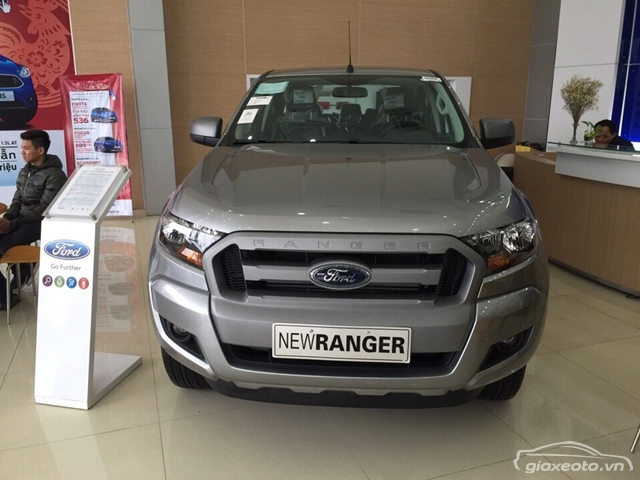 danh-gia-ford-ranger-xls-4x2-at-so-tu-dong-1-cau