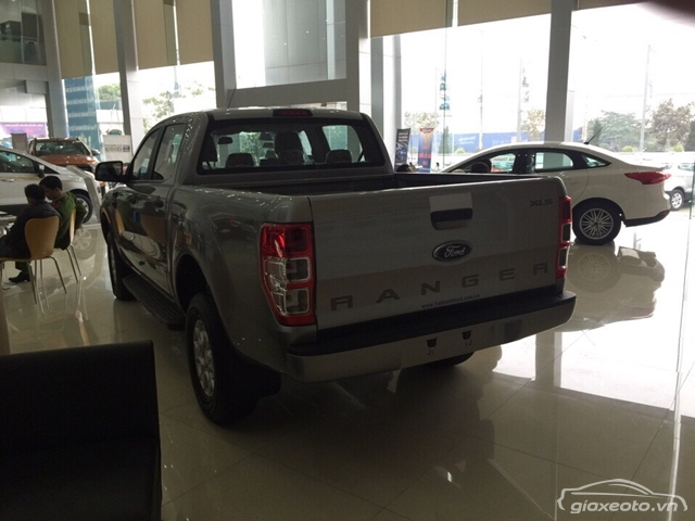 danh-gia-xe-oto-ford-ranger-xls-4x2-at