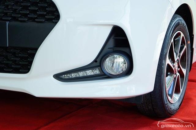 den-suong-mu-hyundai-grand-i10-hatchback
