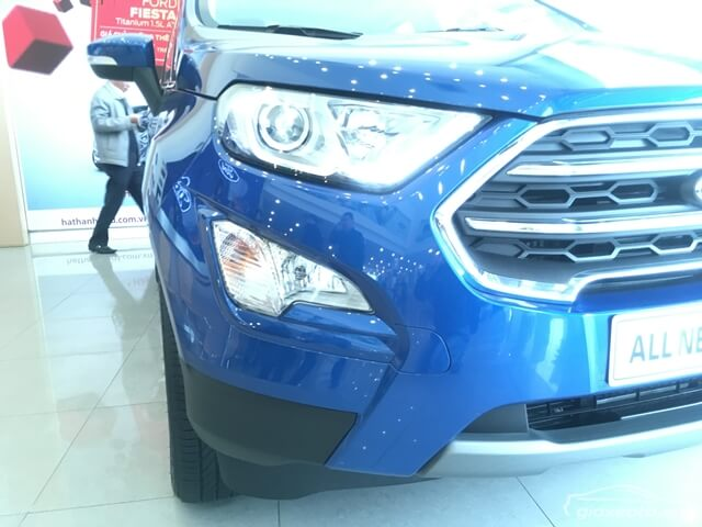 den-xe-ford-ecosport