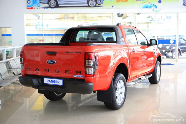 duoi-xe-ford-ranger-witrak-2_2-mau-cam-2012