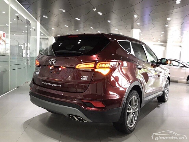 hyundai-santafe-may-dau-mau-do