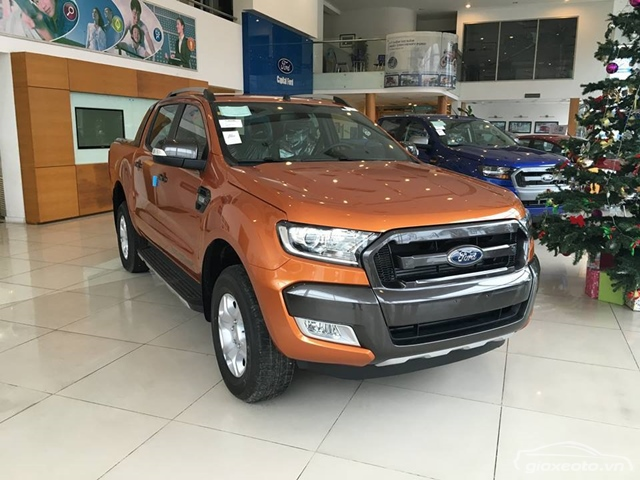 showroom-ford-ha-thanh-ton-that-thuyet