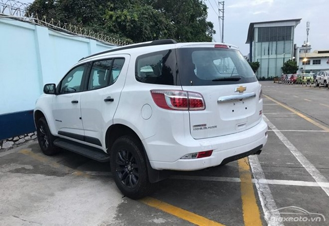than-va-hong-xe-chevrolet-trailblazer