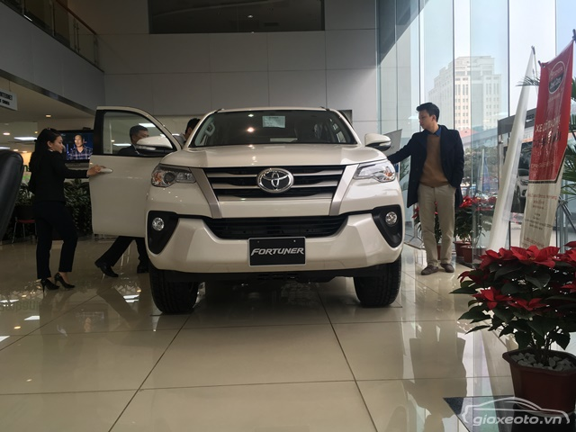 toyota-fortuner-may-dau-nhap-khau