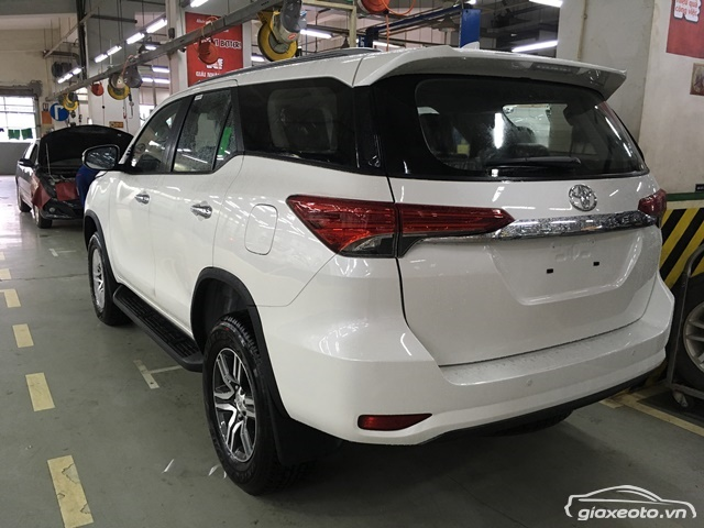 toyota-fortuner-may-dau-so-tu-dong