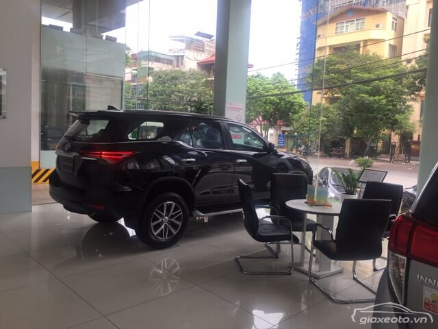 toyota-fortuner-tai-toyota-thang-long