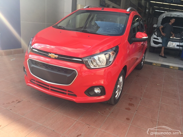 xe-chevrolet-spark-2018-2019-mau-do